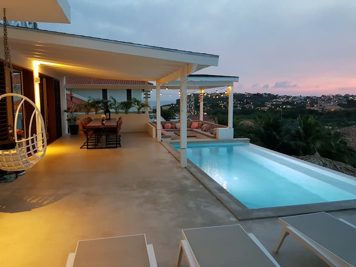 Lovely Villa: Private Pool&Amazing View KIDSPROOF