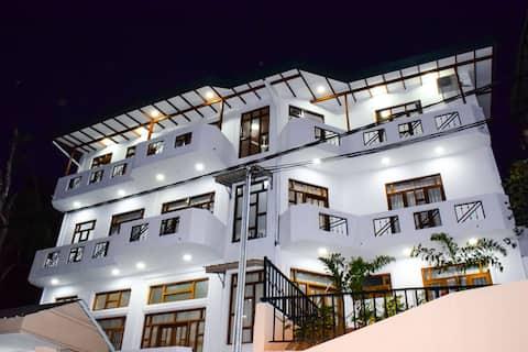 SaRu Holiday Home - Apartment
