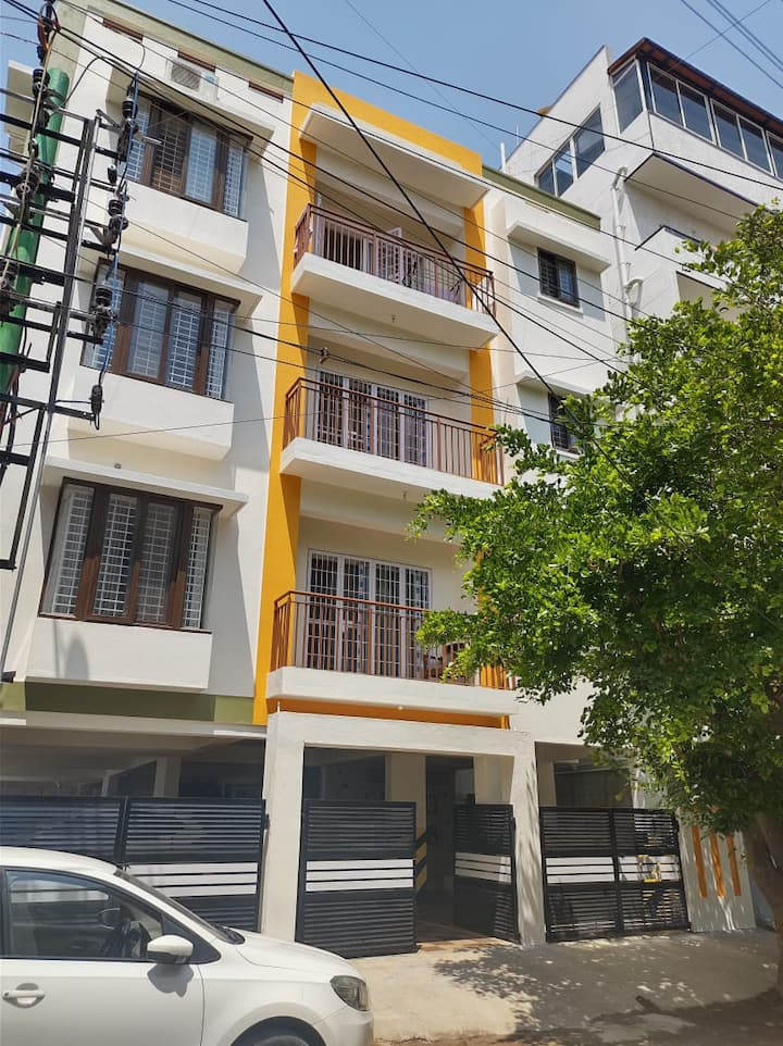 shankar mansion with single rooms and 2bhk