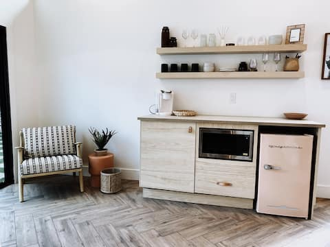 +NEW+ The Mini Vibe, Downtown Tempe Guest-suite