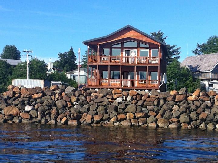 Whale Watch Inn at Mac's Fish Camp, LLC