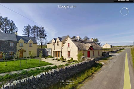 1 Burren Court Apartments - Ballyvaughan