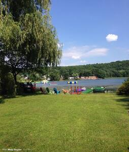 Lake house and Heated pool - Copake