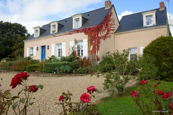 Maison d'hôtes Nantes & Angers - Varades - Bed & Breakfast