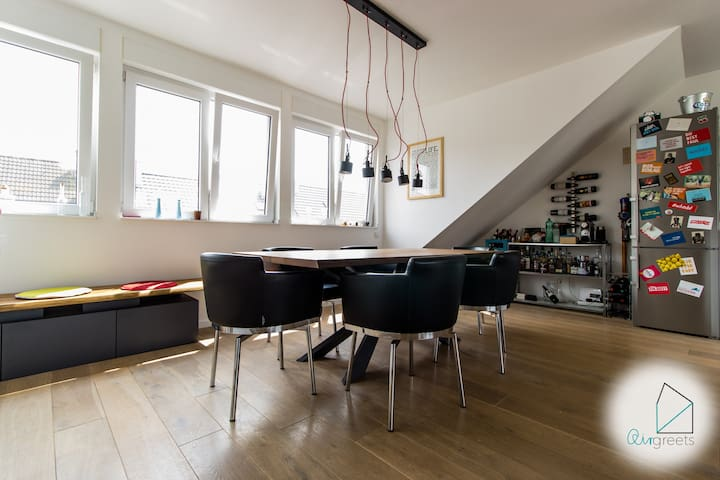 The dining table offers you an ideal place to dine as well as to get some work done.