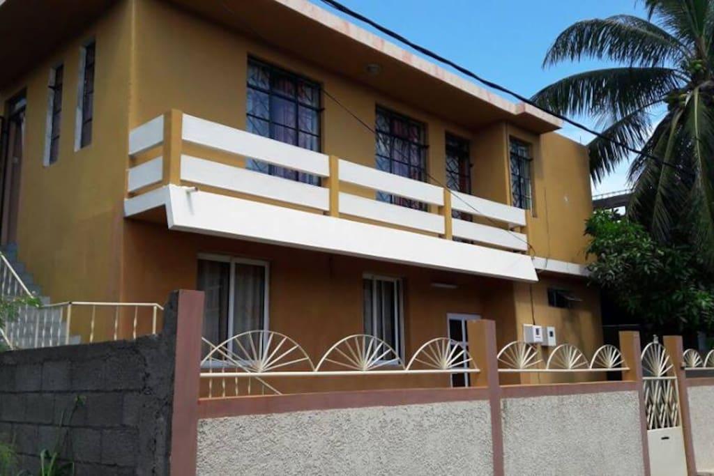 ile maurice maison chaleureuse sur la c te ouest chambres d 39 h tes louer port louis. Black Bedroom Furniture Sets. Home Design Ideas