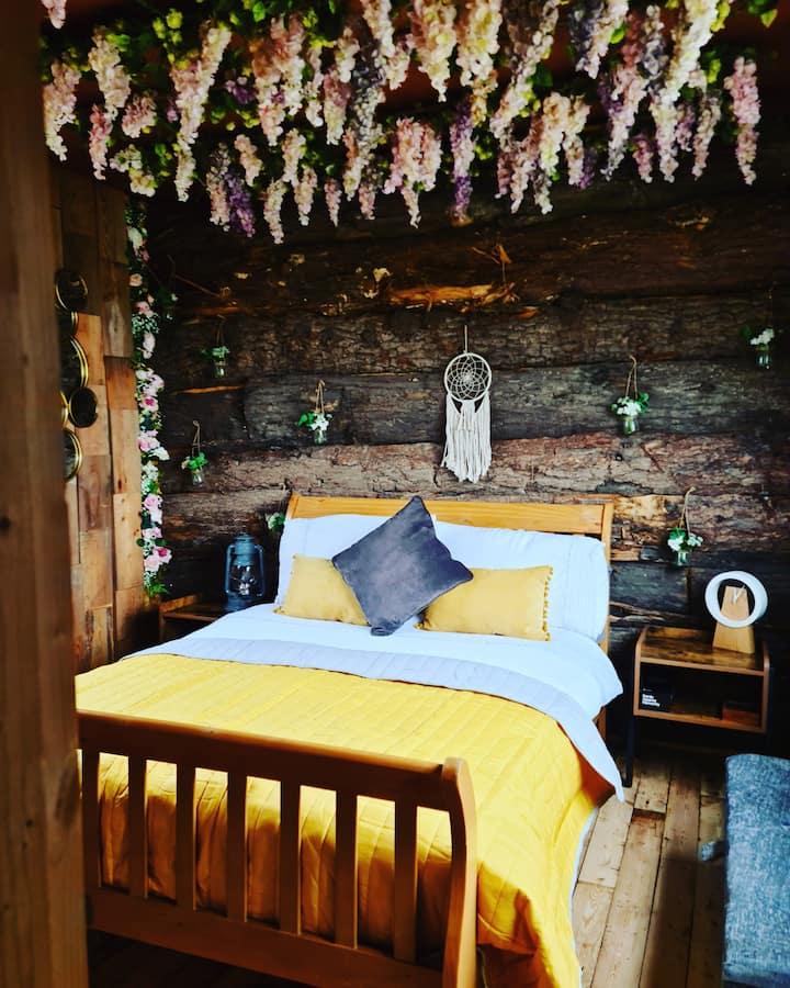 Shropshire Hills Glamping Log Cabin