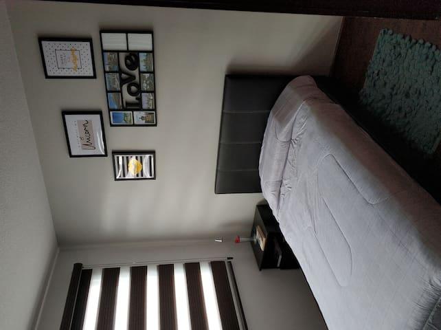 Single room at Valle de los Chillos Quito