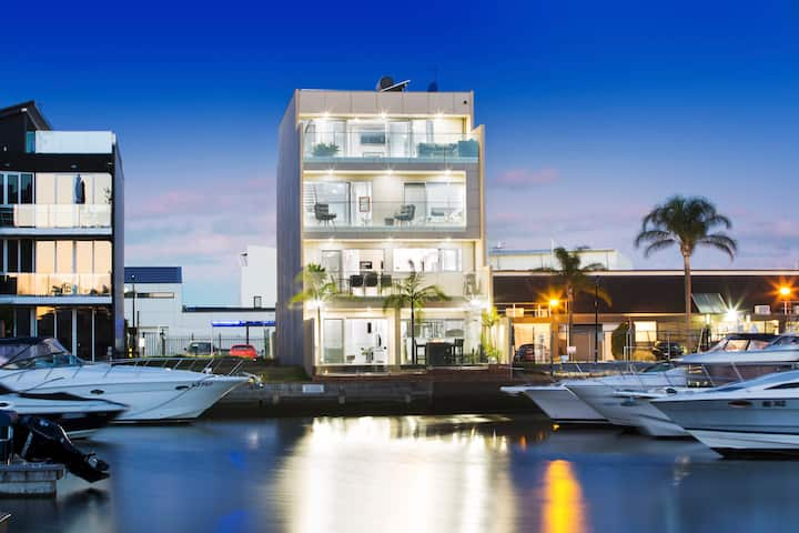 Unrivaled Luxury Waterfront Living 5 BDR 3.5 BTH