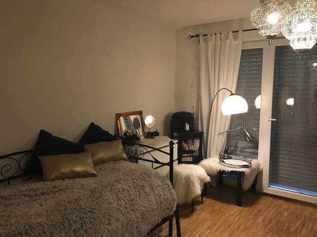 1-Zimmer Wohnung in Hohenheim! Perfekt für Messe!