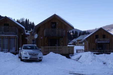 Chalet Milner, cosy chalet in Paal , Austria - Paal