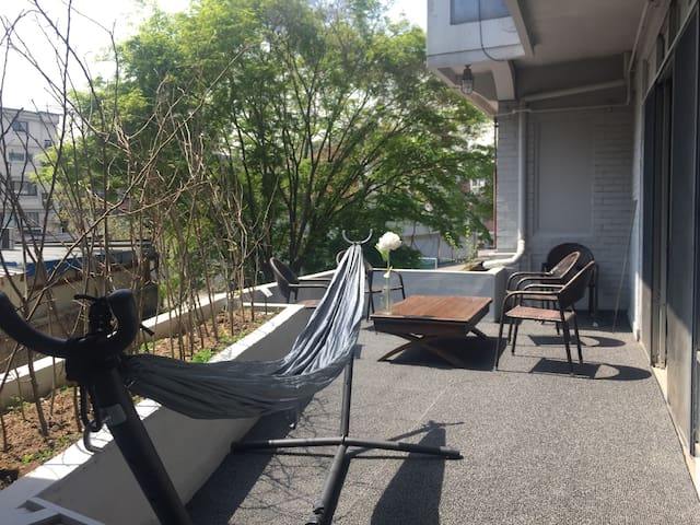 Renovated 60's Korean RA House with Terrace - โซล - บ้าน