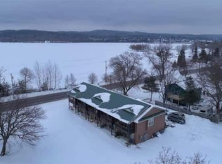"WINTER RETREAT! 13 Miles to Boyne Mountain ""Nautical Nest"" Lake Charlevoix Waterside Retreats"