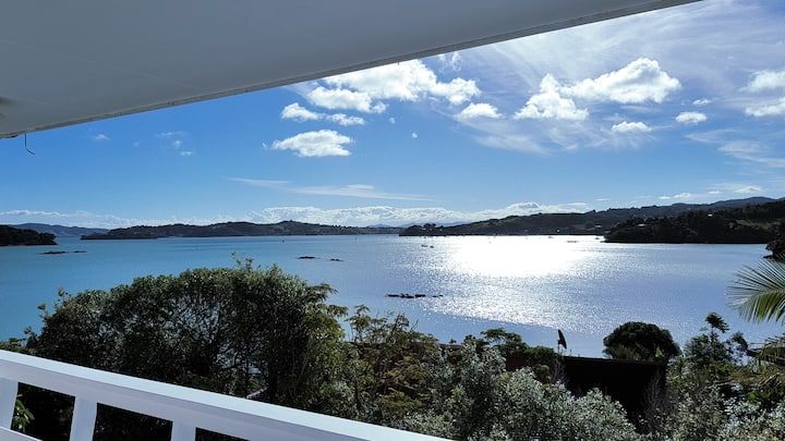 Relaxing Seaview Retreat
