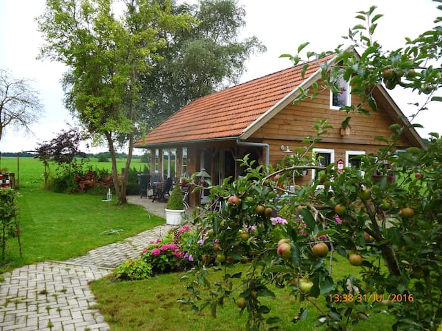 De Trouwerie, vakantiehuis - Nieuw-Dordrecht - Blockhütte