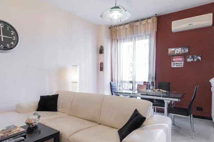 Ottimo bilocale vicino Milano - Bresso - Apartamento