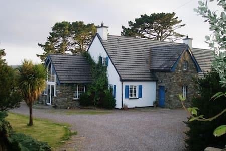 Whitethorn Lodge - Ahakista - Casa