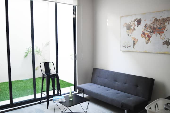 Hermoso Loft con Jardín, Céntrico, Cerca Zona UV