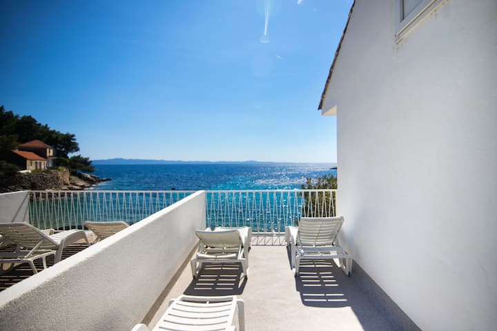 Two Bedroom Remote cottage, beachfront in Gdinj - island Hvar, Terrace