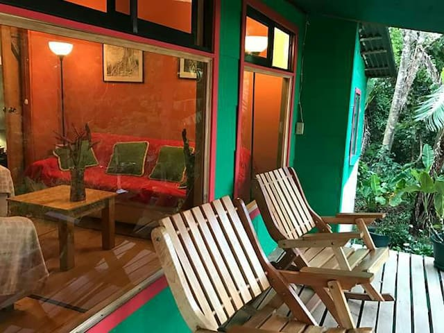 Cloud Forest Cottage, Guindon farm, Monteverde - Monteverde - Cabin