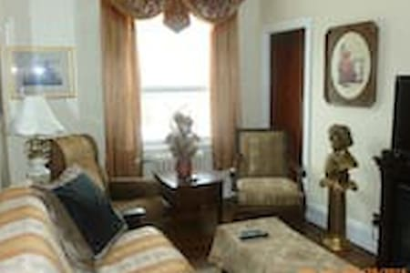 Art-Deco Heritage Suite - In the Heart of Nelson - Nelson - Apartamento