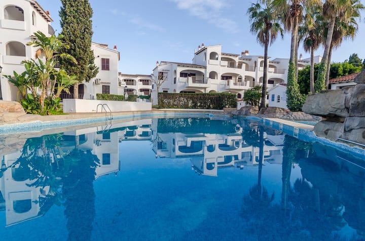 Happy Menorca piscinas, toboganes acuaticos ,playa