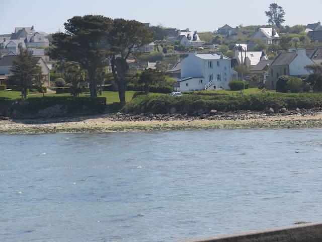 Maison de vacances en bord de mer - Landéda - บ้าน