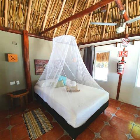 Cabaña 2- Cielo y Selva Sian Ka'an (Beachfront)
