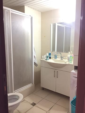 Clean and good priced Room in Center of the City