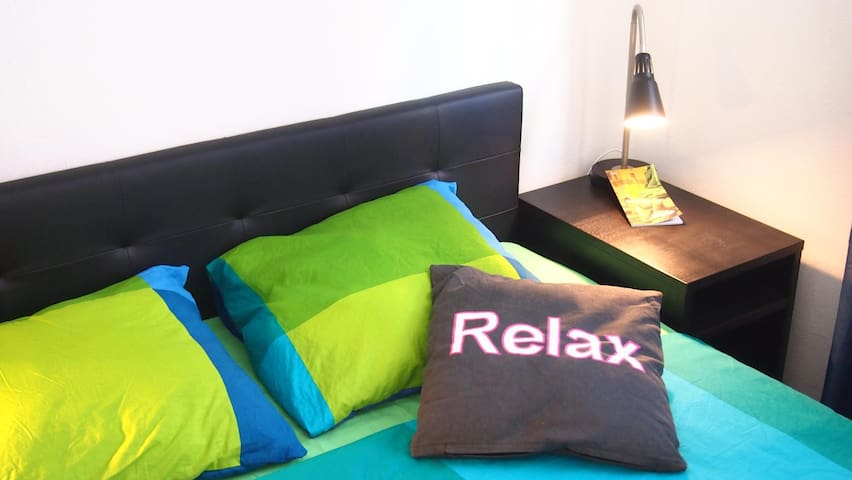 Quiet and Colorful Apartment Zagreb