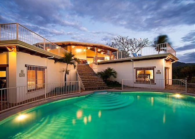 Playa Flamingo Beautiful 4BR Home with the Best Ocean Views!
