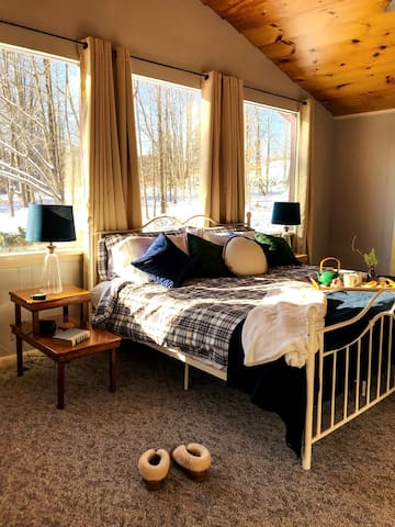 King Room by Day