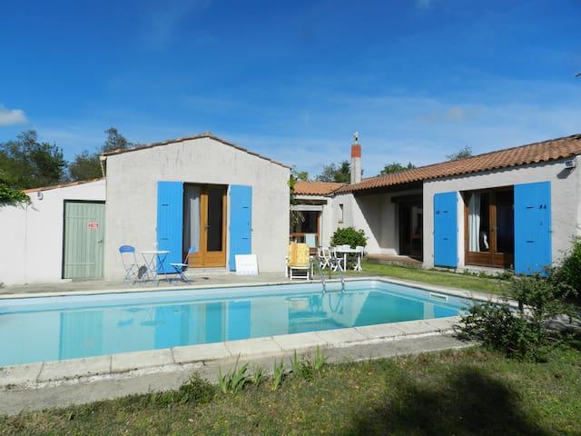 Villa avec piscine privée et grand jardin arboré - Le Château-d'Oléron - Villa