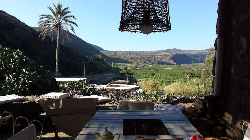 DAMMUSO DELLA PIANA - Pantelleria