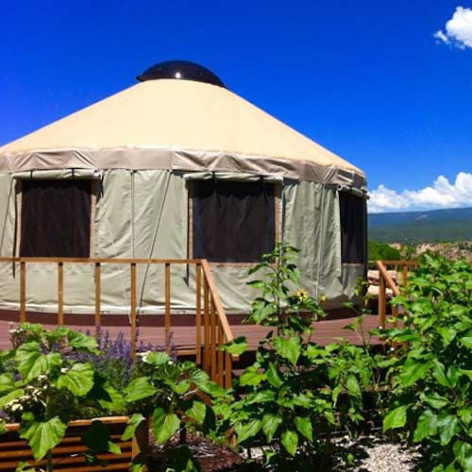 Agape Farm and Retreat Colorado Farm stay Bed and Breakfast a romantic getaway and event venue - Yurt