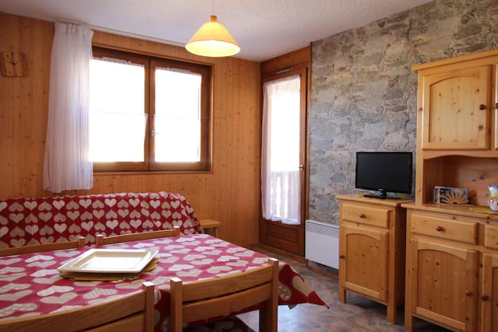 COR017 : Apartment in quiet area near the free shuttles and the swimming-pool