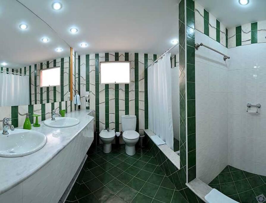 Baño de la Suite verde