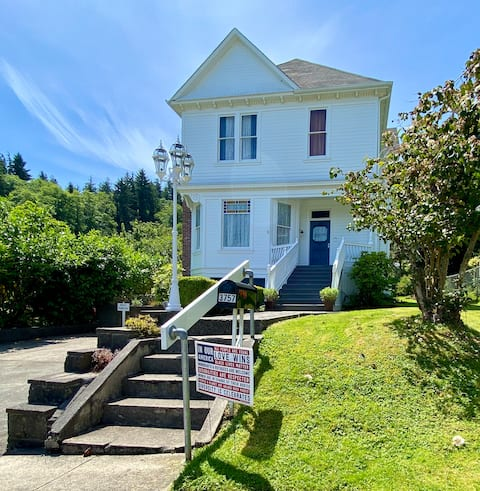 Tonquin's Rest Guest Suite in Astoria, Oregon