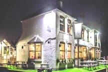 """""""The Retreat"""" at The Fox at Peasemore Country Pub"""