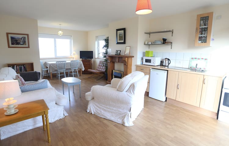 Sea Views Self Cater Chalet - Bundoran