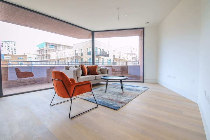One-bedroom apartment near old street for rent