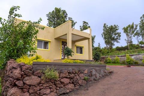Hill View Bungalow,Mahabaleshwar