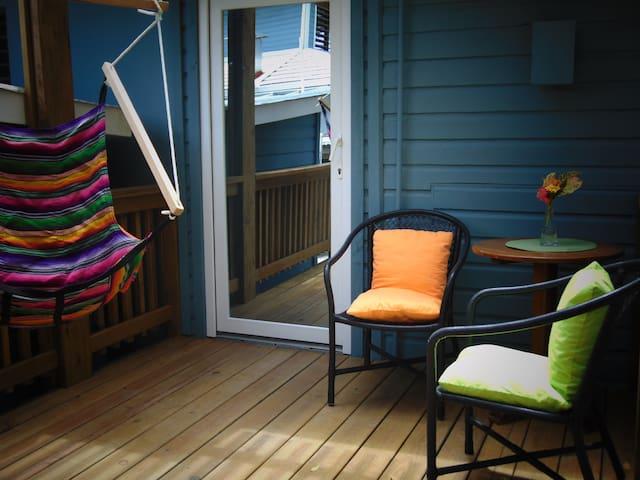 Barefoot Cay Resort - Garden Guestroom