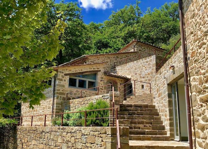 Peaceful Tuscany retreat in Chianti hills