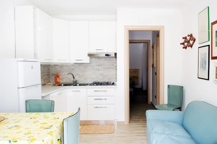 appartamento con veranda vicino al mare n30