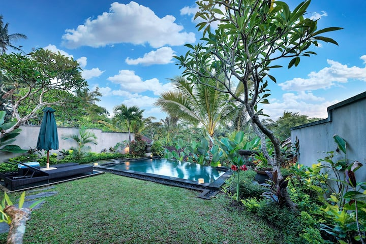 1BR PVT POOL VILLA **WEEKLY MONTHLY RENT
