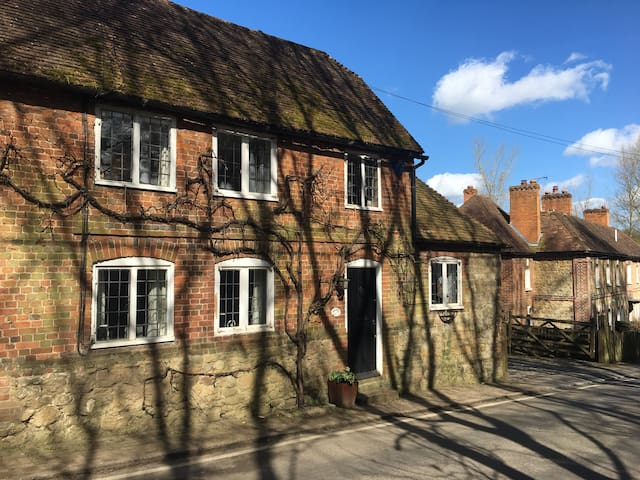 3 beds charming country cottage - Broomfield - Dom