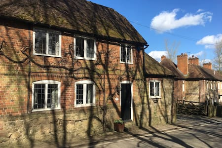 3 beds charming country cottage - Broomfield - 独立屋