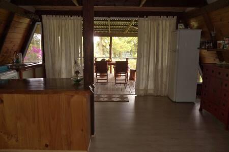 logement tranquille dans chalet - Taravao - Chalet