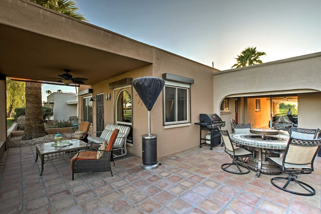 Your Arizona home-away-from-home comfortably sleeps up to 4 guests.